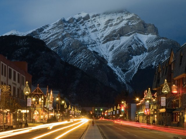 banff-avenue-at-christmas-alberta