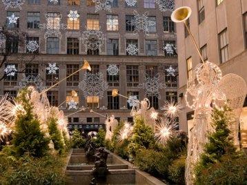 rockefeller-center-at-christmas-new-york