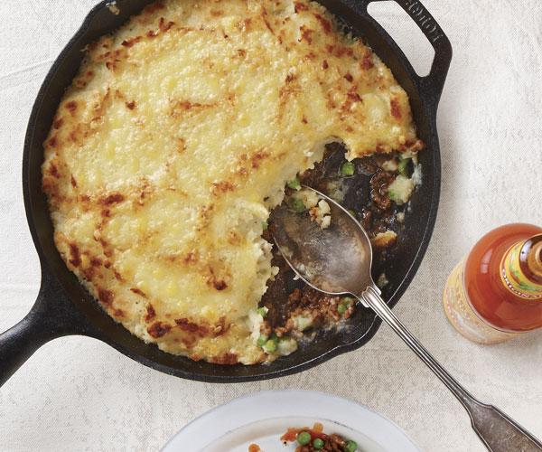 051146027-01-skillet-shepherds-pie-recipe-main